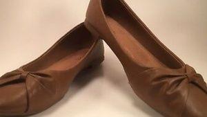 Serra Classic Ballet Flats size 9 Cognac Brown Le
